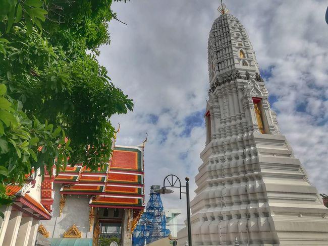 วัดระฆังโฆษิตาราม Architecture Travel Destinations History Building Exterior Pagoda Pagoda Building Arts Culture And Entertainment Travel In Thailamd WatRakhagKhositaram Huaweiphotography Huawei Collection EyeEm Thailand