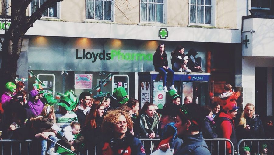 St Patrick's Day St Patrick's Parade   Vscocam IPhoneography Crowded Ireland Streetphotography Street Photography