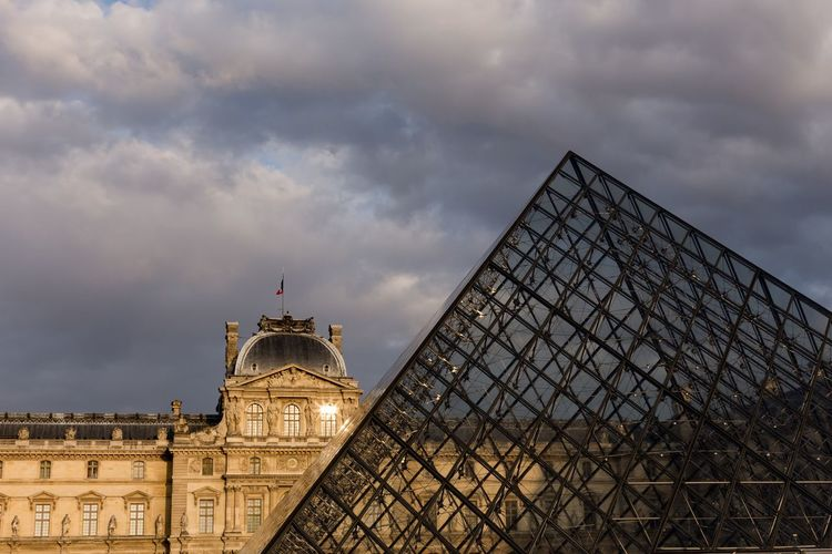 Louvre Architecture Travel Destinations History Cloud - Sky Sunset Louvre Louvre Pyramid Paris France Canon 6D Travel Travel Photography Clouds And Sky Cityscape Dramatic Sky Light