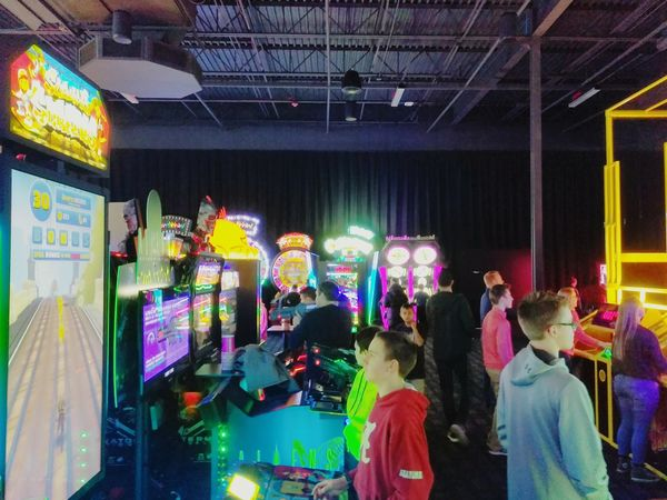Large Group Of People Store Men People Multi Colored Women Adults Only Illuminated Real People Adult Night Indoors  Videogames Playing Arcade Machine Arcade Games Arcade Game Arcade