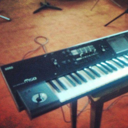 Play keyboard Music Melody KORG M50 Song