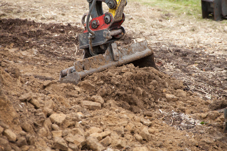 Excavation Shovel Excavator Earth Excavating Moving Dig Construction Pond Garden Stones Work Gardener Loader Trench Soil Digging Machinery Scoop Quarry Sand Digger Backhoe Industry Vehicle Site Machine Development Ground Bucket Gravel Outdoors