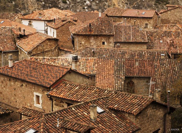 Building Exterior Roof Architecture Built Structure Orbaneja Del Castillo