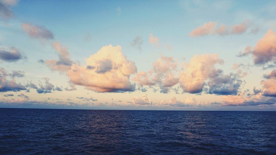 By The Ocean Cloud - Sky Warm Colors Beautiful Colors Nature Photography Sonyphotography TakenbyVin