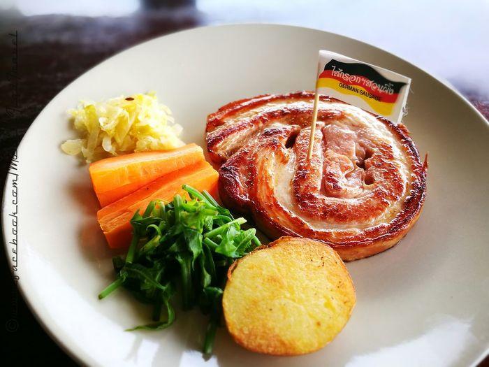 Grilled German Roll Food Lunch Indulgence Temptation Foodporn Foodphotography Foodie Foodstagram Foodgasm Foodpics