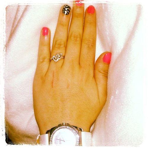 I think I did a pretty good job on my nails Chevron Nails Nailideas Nailart