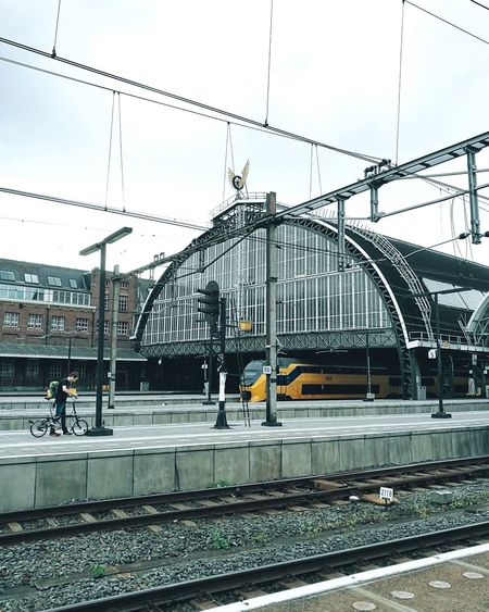 CyclingUnites // That day I visited Amsterdam 🚲🚊 // Amsterdam Europe Transportation Travel Built Structure Railroad Station Architecture Public Transportation Rail Transportation Railroad Station Platform City