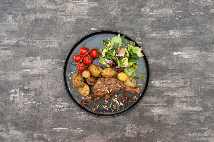 Food Vegetable Healthy Eating Food And Drink Wellbeing Freshness Bowl Directly Above Fruit Tomato Indoors  No People Meat Still Life Table Ready-to-eat Close-up Kitchen Utensil Studio Shot Red Garnish White Meat