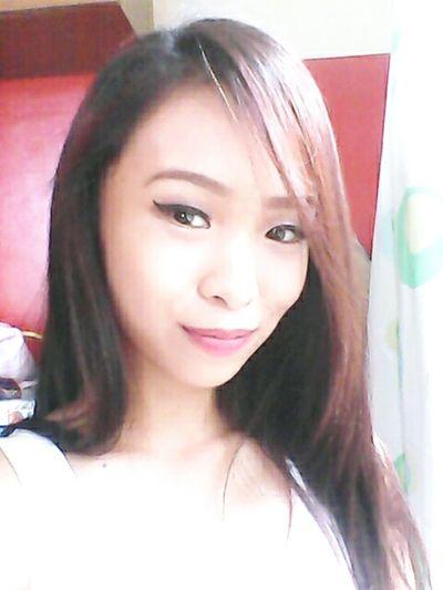Filipina Stuckathome Model Pose Model Shoot Smile ✌