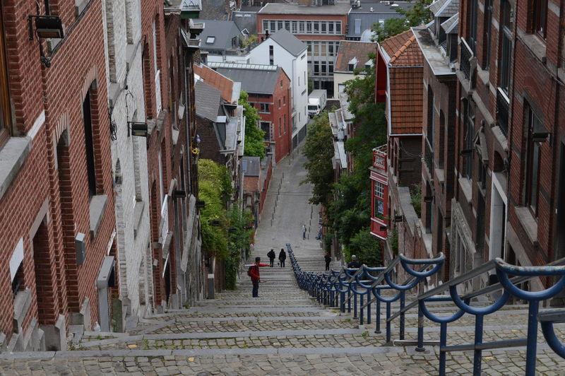 Narrow walkway in city