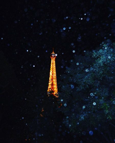 Paris mon amour ❤️ Paris Je T Aime ParisByNight Eiffel Tower Nightphotography Raindrops