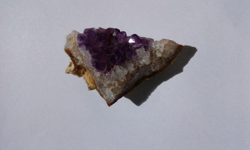 Ametist Quartz Quarz Precious Stone Edelstein Amethyst Stone Heilstein Violet Quartz Healing Stone Gemstone  Mineral Ametist Amethyst Stein Ermerald
