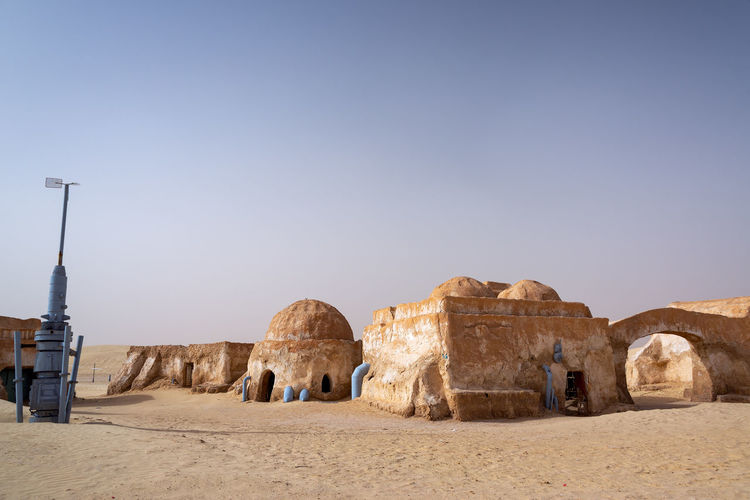 Remains of buildings from the set of Star Wars in Tunisia Desert Famous MOVIE Sahara Desert Star Wars Tozeur Tozeur, Tunisia Tunisia Africa Architecture Building Exterior House Nefta Old Ruin Outdoors Sahara Sand Scenery Star Tourism Town Travel Travel Destinations Tunisian Wars
