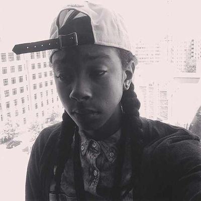 pic right side up. Black & White Mindless MINDLESS BEHAVIOR Ray Ray