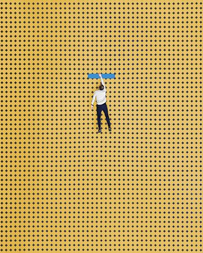 🔸▔✋🔸︱ʜɪɢʜ ʜᴏᴘᴇs Perspective Drone  Dronephotography Drone Photography Minimalist Architecture Minimal Symmetry EyeEm Best Shots Museum Samsungphotography First Eyeem Photo EyeEm Selects Architecture_collection Interior Design Architectural Column Minimalism The Week on EyeEm Leading Lines Symmetrical Colorful Yellow Full Length Politics And Government Pattern Human Arm Arms Raised Hand Raised Personal Perspective Hiker