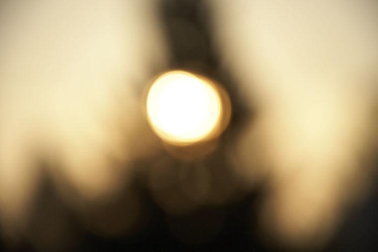 Defocused image of illuminated light