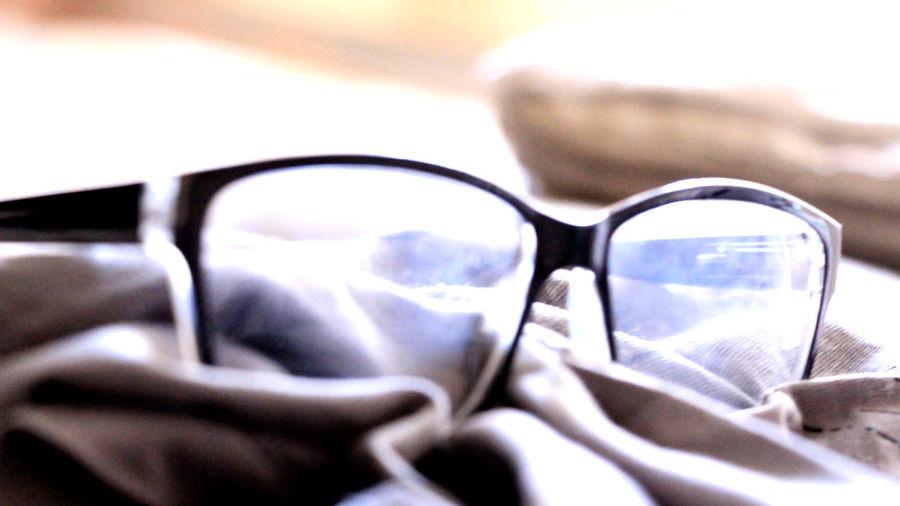 Óculos Detalhe Glasses Close-up Detail Leitor Leitura Lente No People Óculos