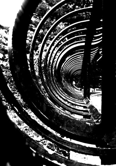 """""""New Theory"""" by edemirbarrosfotografi EyeEm Black&white! First Eyeem Photo Newyorkcity Central Park Nycprimeshot Hello World Futuristic IloveBlackAndWhite Darkness And Light My View Eyem Gallery NYC Street PhotographyAbstractarchitecture A Black And White Day I Love My City Minimalism My View This Morning.. My Vision Artwork My Village In My Zone PicArt ArtInMyLife I Love Art Monochrome Light And Shadow"""