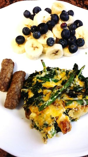 Brunch! Foodporn Yummy Kale Asparagus Potato Egg Bake Delicious Blueberries Bananas