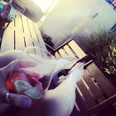 Drinking alone is never fun..music is a solution Flume Rudimental  Cityandcolours Sundaysession alonesinglelifesucks