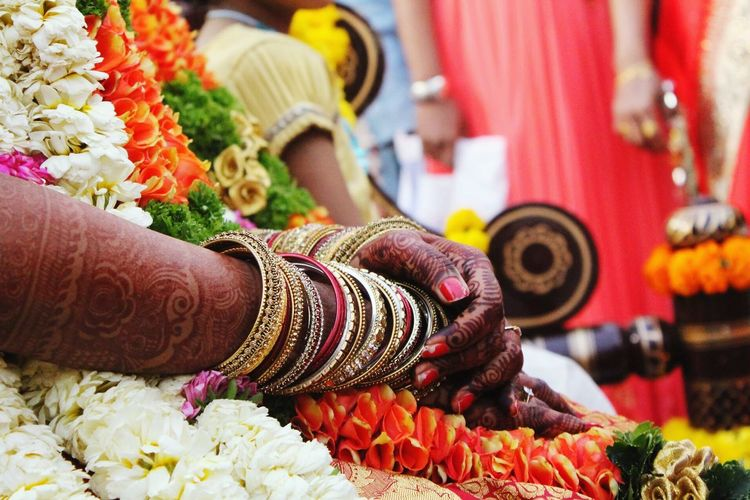 Wedding Wedding Photography Indian Wedding Bangles Indian Bride South Indian Wedding Indian Photographer Wedding Scenes Throwback Photo Learning Photography