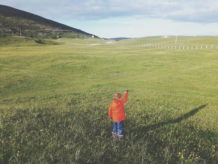 Grass One Person Childhood Children Only Child Outdoors EyeEmNewHere The Great Outdoors - 2017 EyeEm Awards Live For The Story Scottish Beaches Barra Isleofbarra Vatersay Outerhebrides Hebrides Toddler Boy Scotland One Boy Only Toddlersofeyem The Portraitist - 2017 EyeEm Awards Scottish Beach Childphotography Beauty In Nature Children Of The World Breathing Space The Week On EyeEm Lost In The Landscape