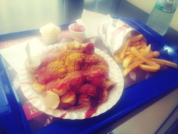 Mandatory pre-WM dinner Currywurst!!! Xxl In My Mouf Lecker!