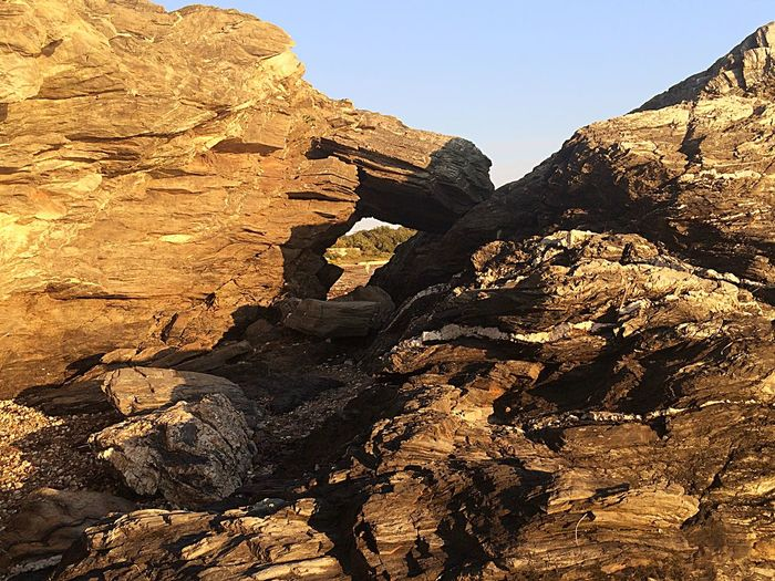 Rock Cliffs On Ocean Water. Jamestown, RI, USA Around Me Photo. Jamestown RI