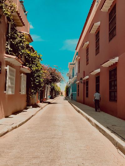 Travel Destinations Travel Cartagena, Colombia Cartagena EyeEm Selects Building Exterior Architecture Built Structure Direction The Way Forward Building Sky Diminishing Perspective City Tree Day Sunlight