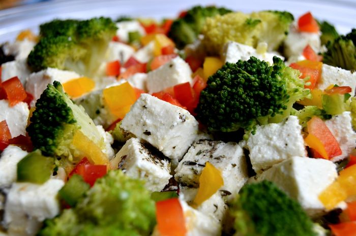 www.starttoshoot.com Broccoli Cheese Cheese! Feta Food Foodporn Paprika Pepper Peppers Salad Vegetable Vegetables