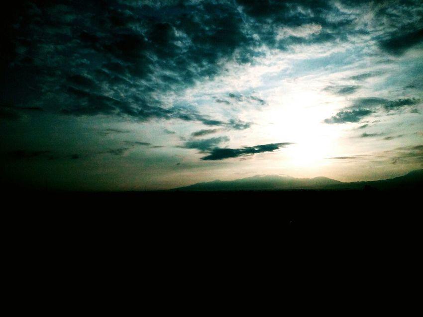 Mountain. PhonePhotography Jgodwintorresphotography Jgodwintorres Clouds And Sky Cloudy Mountain Sunrise Morning Sky