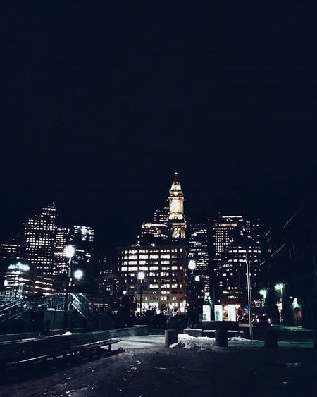 Even in the cold, this is my favorite part of the city ❄🌃 Boston BostonHarbor Skyline Cityscape Downtown Night Beautiful Socold Instapretty Starcity Igboston Igersboston VSCO Vscocam