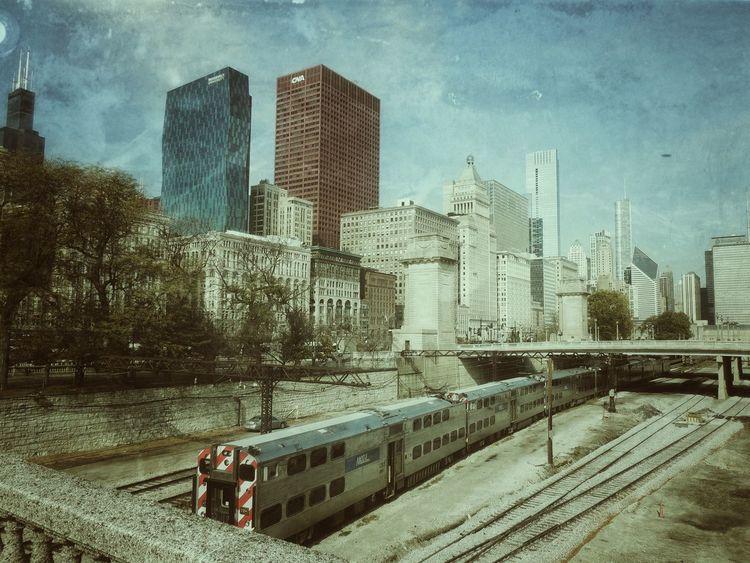 Chicago 2015 Chicago Chicago Architecture Train Zug Chicago Skyline Chicago's Skyline Chicago ♥ Chicagostreets Train Tracks Zuggleise Hangcocktower Skyline Daylight City