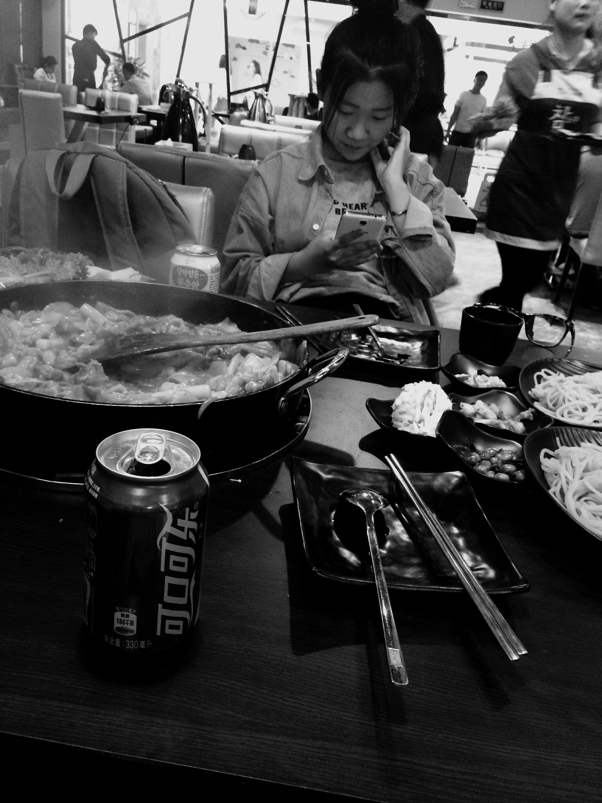 table, indoors, food and drink, men, sitting, lifestyles, restaurant, chair, leisure activity, incidental people, casual clothing, occupation, person, day, food, high angle view, working