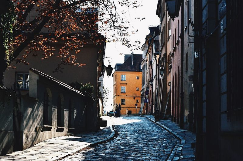 Focus Shadow Path EyeEmNewHere Architecture Built Structure Building Exterior Building City The Way Forward Residential District Street Tree Alley Direction #urbanana: The Urban Playground