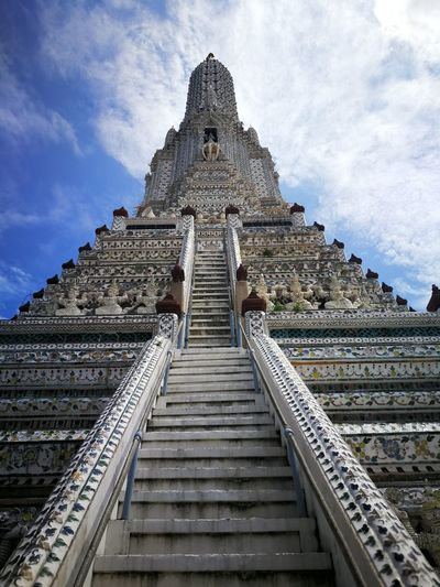 Wat Arun Ancient Civilization Place Of Worship Spirituality Old Ruin Religion Statue History Business Finance And Industry Ancient Pagoda Steps Stairs Stairway Hand Rail