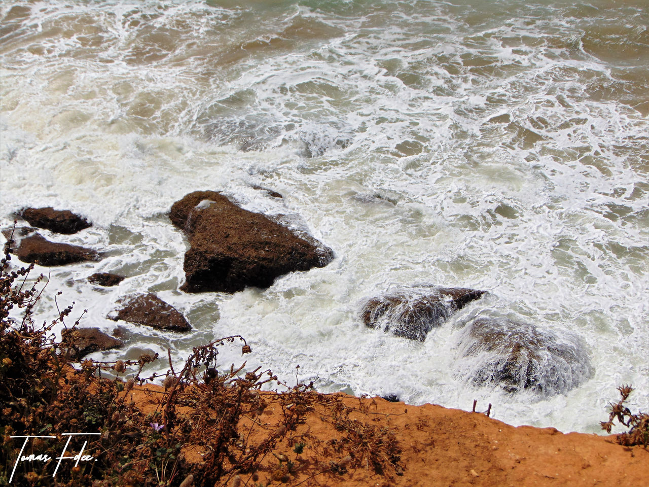sea, wave, water, high angle view, nature, motion, no people, day, beach, outdoors, beauty in nature, power in nature, force