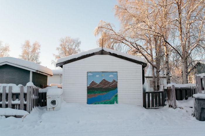Minimal Minimalist Northern Canada Shed Snow Winter Yellowknife