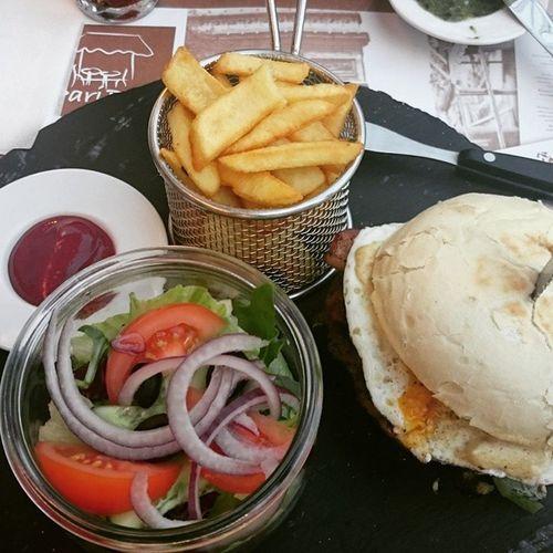 @paripari Food Jedzenie Slowfood Zlotetarasy Zlotetarasywarszawa Warszawa  Zlota Burger Polishburger