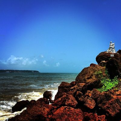 Mdclicks Donapaula Sea Nexus5 landscape netgeo picoftheday world blue rocks photooftheday ngma2014 gramoftheday reflection