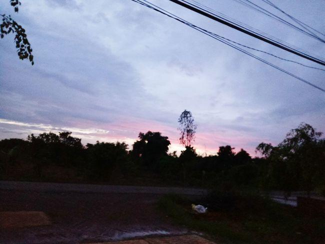 Bầu trời buổi chiều sau cơn mưa 💧⚡☔