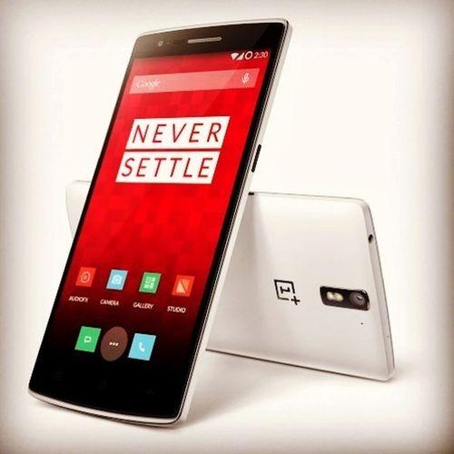 Mit diesem Smartphone will das chinesische Startup OnePlus die Welt erobern. Es hat die neueste Hardware verbaut, soll aber trotzdem nur 269€ kosten und Samsung & Co. das Leben schwer machen! http://blog.notebooksbilliger.de/oneplus-one-highend-smartphone-zum-kleinen-preis/