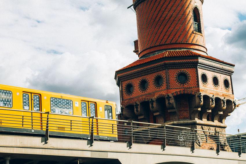 more cool trains Berlin BVG - Berliner Verkehrsgesellschaft Train Ubahn Warschauerbrücke