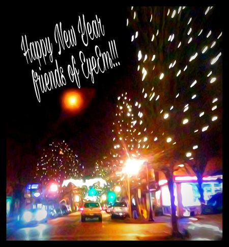 Happynewyear Illuminated City Night Celebration Outdoors Sky NewYear 2016 Out! 10 -9-8-.... Hello 2017 Thanks People Of EyeEm!!! Ringing In The New Year Kisses At Midnight💋 Fresh And New Party Time Make A Wish Resolutions All Around This Beautiful World Outdoor Photography What Does Peace Look Like To You? Arts Culture And Entertainment EyeEm Gallery The Way Forward Idyllic