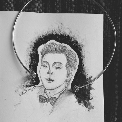 Gdragon Chanel GD Bigbang YG Kwonjiyong Jiyoung Sketch Draw