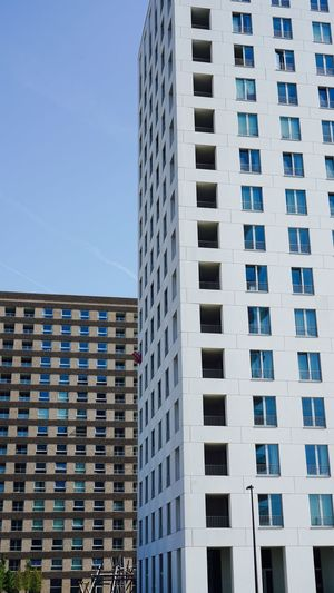 Antwerp Vertical Architecture Modern Architecture Juli 2018 Façade Facade Building Architectural Design Architecture Building Exterior Built Structure Building City Window Sky Residential District Apartment Office Building Exterior Skyscraper Clear Sky Tall - High Low Angle View Modern Outdoors Blue No People Day