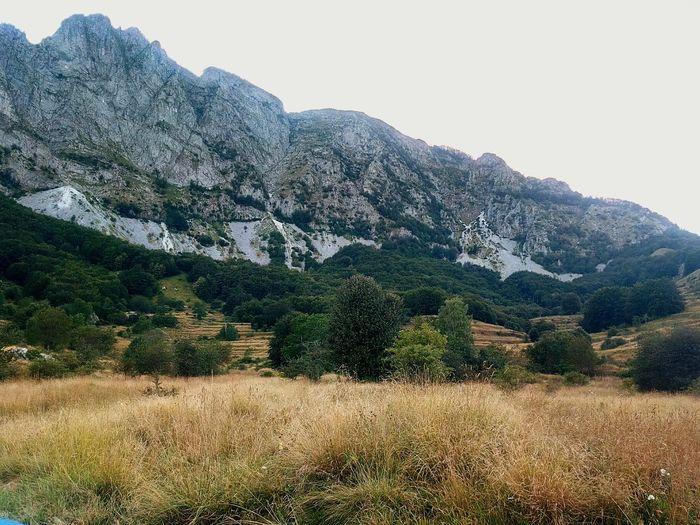 Campocatino Alpiapuane Garfagnana Roccandagia Montagna Mountains And Sky