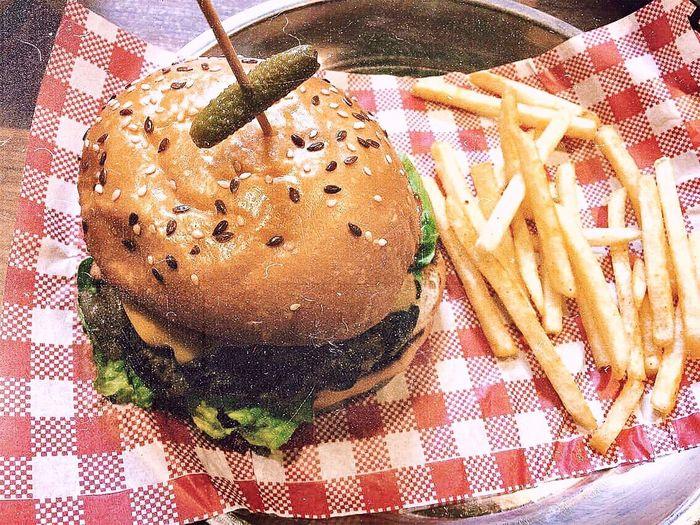 Burger Food Chips Hamburger Lettuce No People Yum Eat Enjoy Pickle Cheese