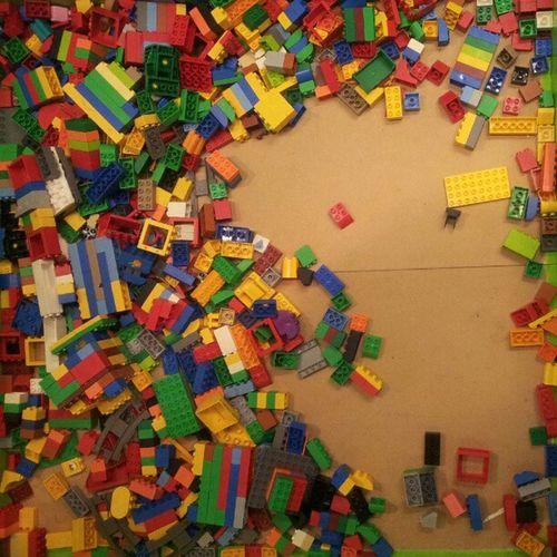 Lego satt