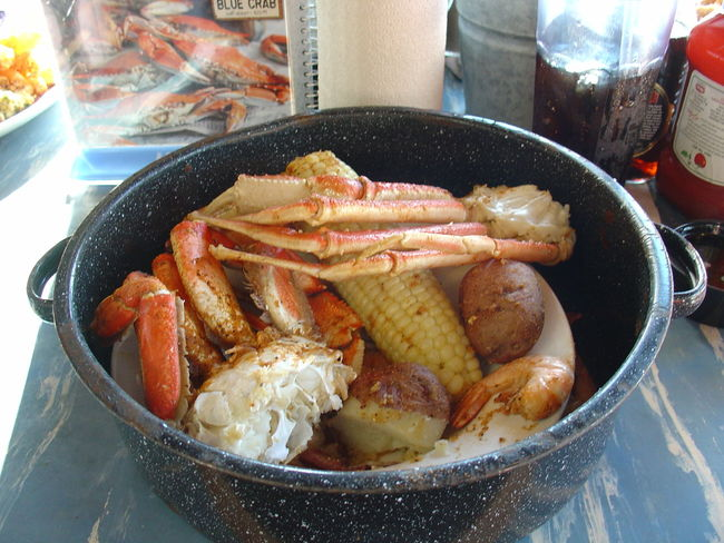 Bowl Close-up Corn Crab Food Food And Drink No People Potato Ready-to-eat Seafood Steam Pot Potatoes Potatos SnowCrabLegs Corn On The Cob Scampi Scampis Shrimps